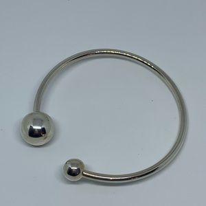Silpada B2895 925 sterling bracelet have a ball